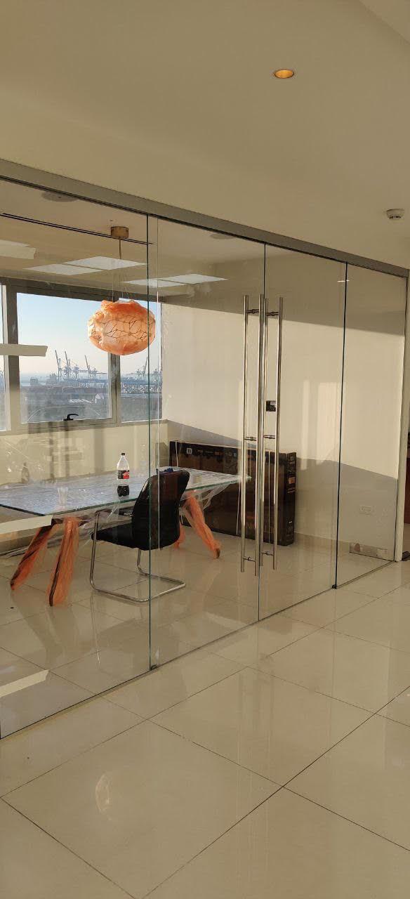 ויטרינה משרדים